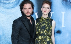 الصورة: Kit Harington thanks show for wife