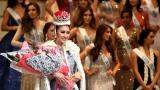 Photo: Indonesia's Kevin Lilliana wins Miss International 2017