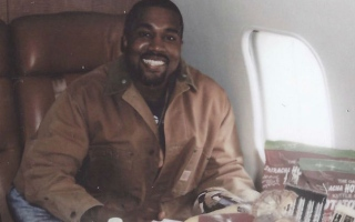 Photo: Kanye West wants to produce a million Yeezys in Wyoming by 2021