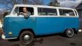 الصورة: Handwritten note lands man Volkswagen bus of his dreams