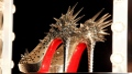 الصورة: Shoemaker Louboutin wins EU court battle over red soles