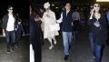 الصورة: Airport Fashion: Hrithik Roshan, Shraddha Kapoor, Kajol...