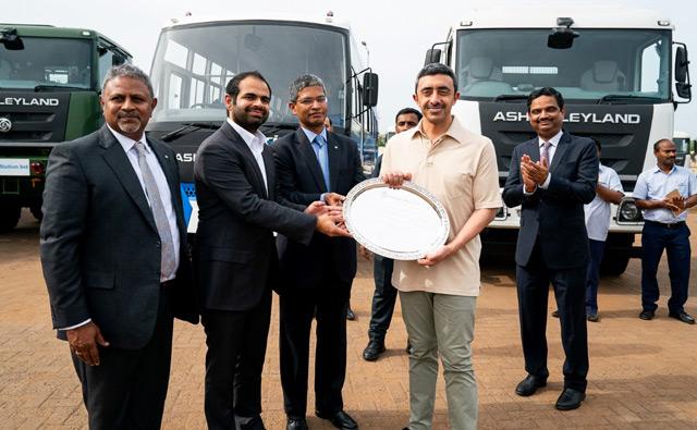 Abdullah bin Zayed visits facilities of Hinduja Group in