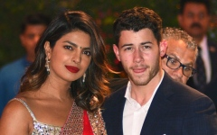 الصورة: Nick Jonas and Priyanka Chopra visit orphanage