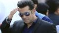 الصورة: Salman calls Priyanka's bluff