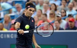 الصورة: Federer to clash with Djokovic in Cincy tennis final