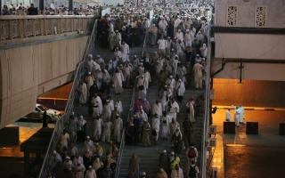 الصورة: 2m pilgrims streaming into Mina from Saturday evening