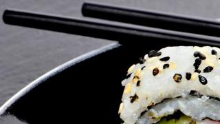 الصورة: Electric chopsticks could make food healthier