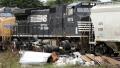 الصورة: Father of man hurt in GOP train crash sues over crossing