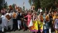 الصورة: Indian opposition leads protests at high fuel prices