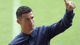 الصورة: Stopping Ronaldo 'big step' towards victory, says Valencia's Marcelino