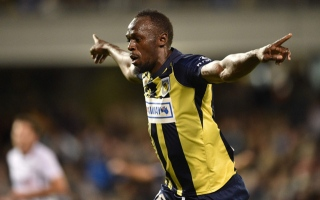 Photo: Bolt offered contract with Malta football club