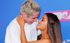 Photo: Ariana Grande split with Pete Davidson before calling off engagement
