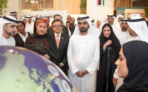 Photo: Sheikh Mohammed tours exhibition on the sidelines of UN World Data Forum