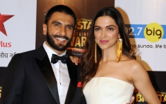 Photo: Bollywood star couple announce wedding dates