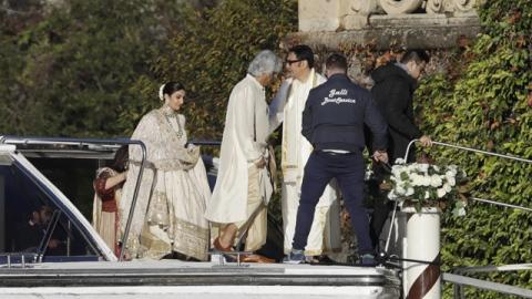 Photo: Bollywood stars Padukone, Singh wed in Italy