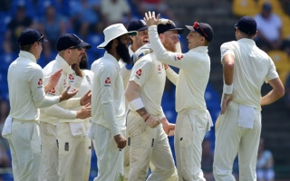 Photo: Superb Stokes sparks England fightback before lunch