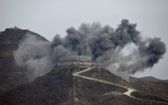 Photo: South Korea dismantles guard posts with dynamite, excavators