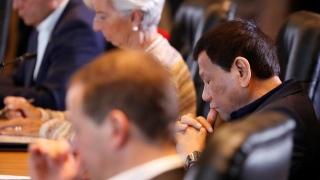 Photo: After 'nap-gate', Duterte skips APEC summit dinner