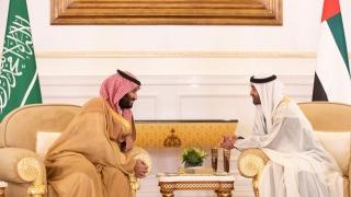 Photo: Mohamed bin Zayed, Mohammed bin Salman discuss brotherly relations, regional developments