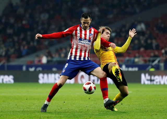 With 3 goals in 10 minutes, Atletico Madrid advances in Copa