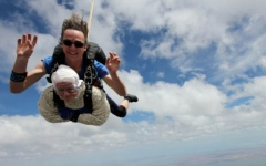 Photo: 102-year-old great-granny becomes 'oldest' skydiver
