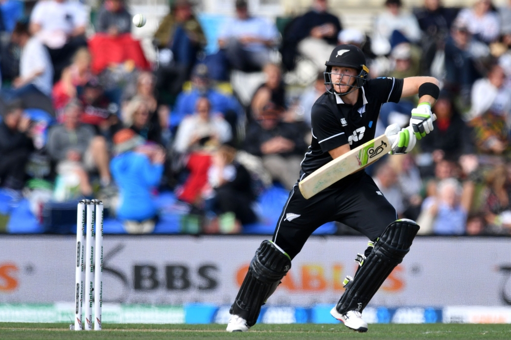 Guptill runs flow sweeps New Zealand past Bangladesh ...