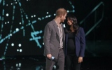 Photo: Duchess Meghan makes surprise appearance with Prince Harry at WE Day