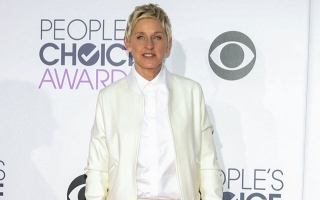 Photo: Ellen DeGeneres apologises to staff for being 'impatient and short'