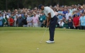 Photo: Woods shines brightest on star-studded Masters leaderbaord