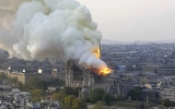 Photo: France to launch international contest to rebuild Notre-Dame spire