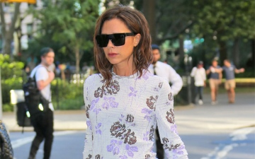 Photo: Victoria Beckham's fashion label suffers £12.3m loss last year