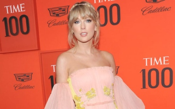 Photo: Taylor Swift joins The Voice as 'mega mentor'