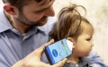 Photo: Using a smartphone to sound out sign of kids' ear infections