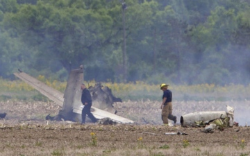 Photo: 2 die in small plane crash near Indianapolis
