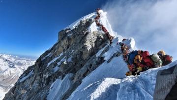 Photo: Everest region bans single-use plastic