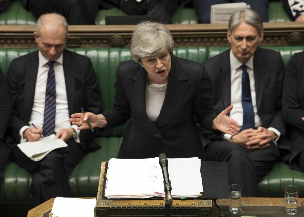 Photo: British govt delays vote on Brexit bill
