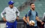 Photo: Angry Sarri storms out of Chelsea training before Europa League final