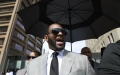 Photo: R. Kelly pleads not guilty to additional assault charges