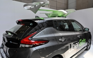 Photo: Uber eyes drones for food delivery, unveils new autonomous car