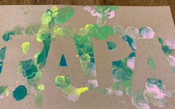 Photo: Drake shows off Father's Day artwork