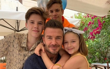 Photo: Victoria Beckham says David is 'the best daddy in the world' to their kids