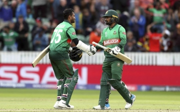 Photo: Bangladesh hunt down West Indies with 2nd-best CWC chase