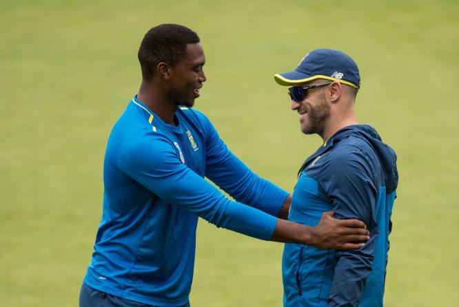Faf du Plessis (R) and Lungi Ngidi (AFP)