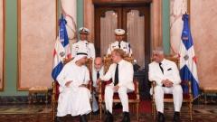 Photo: UAE ambassador presents credentials to Dominican president