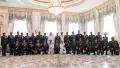 Photo: Mohamed bin Zayed honours Emirati heroes of national duty