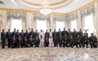 Photo: Mohamed bin Zayed honours Emirati heroes of national duty
