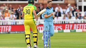 Photo: Australia set England 286 to win at Lord's