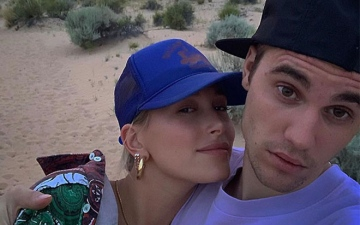 Photo: Justin and Hailey Bieber's new beauty range?