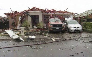 Photo: 6 injured after gas explosion destroys New Zealand home